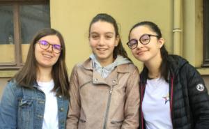 Aurélie, Clara et Emma